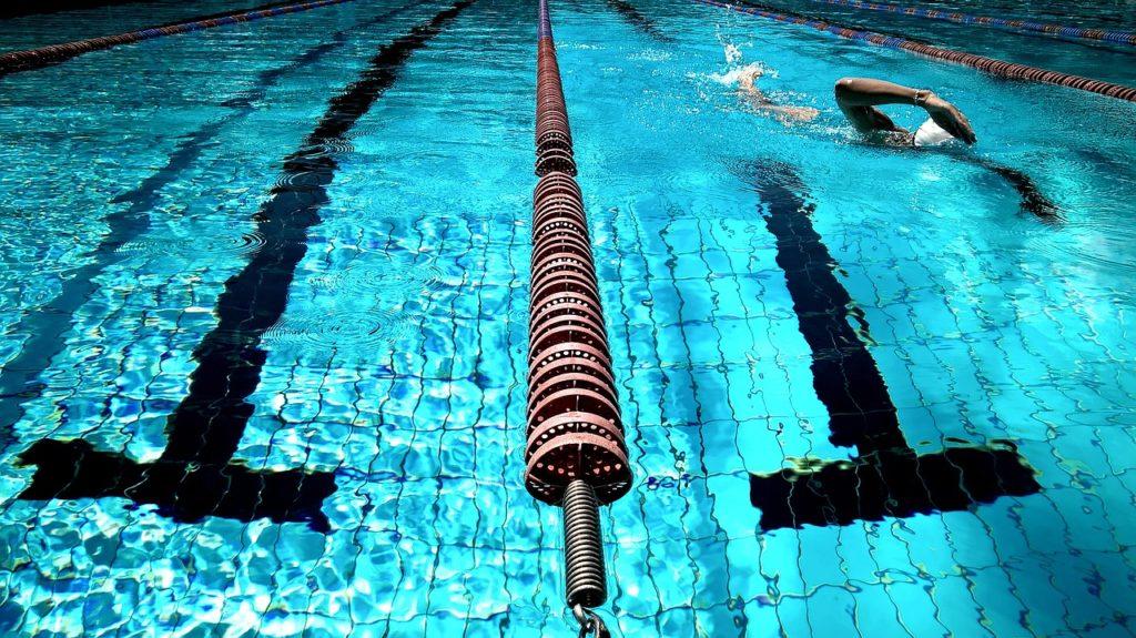 מסלולי שחייה