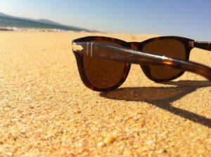 משקף על החול